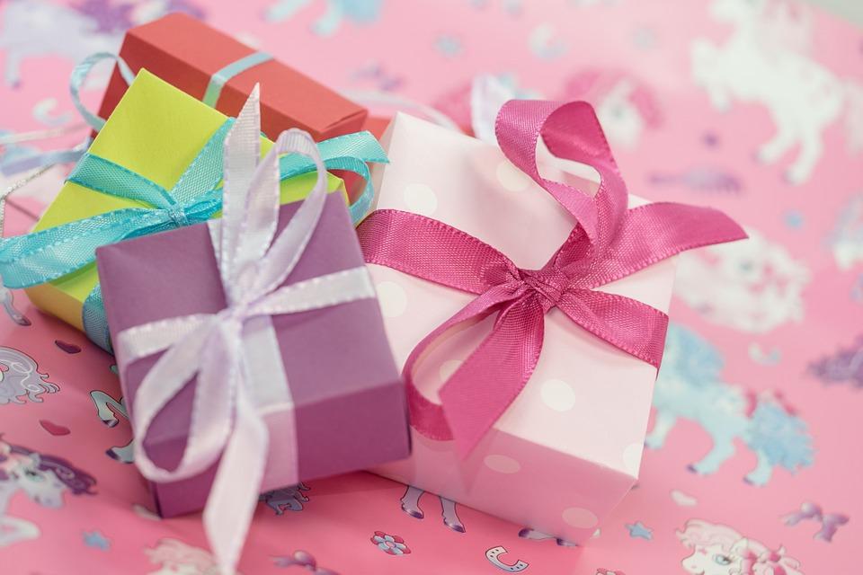 Idées cadeaux qui rendront à coup sûr vos proches de bonne humeur !
